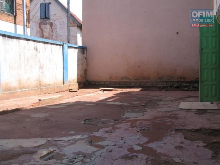 Vente maison villa antananarivo tananarive for Achat maison madagascar