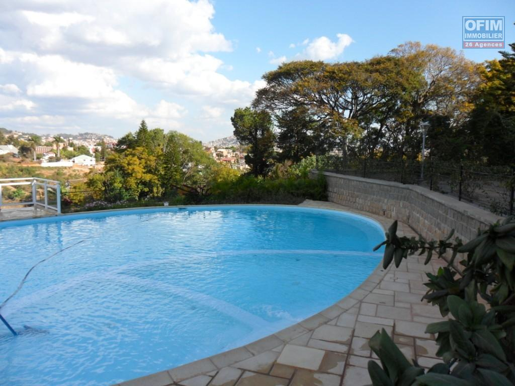 Location appartement antananarivo tananarive a for Appartement a louer a mohammedia avec piscine