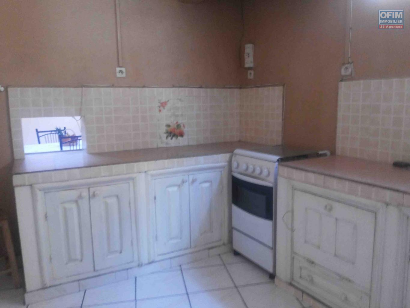 Location appartement antananarivo tananarive a for Appartement a louer meuble