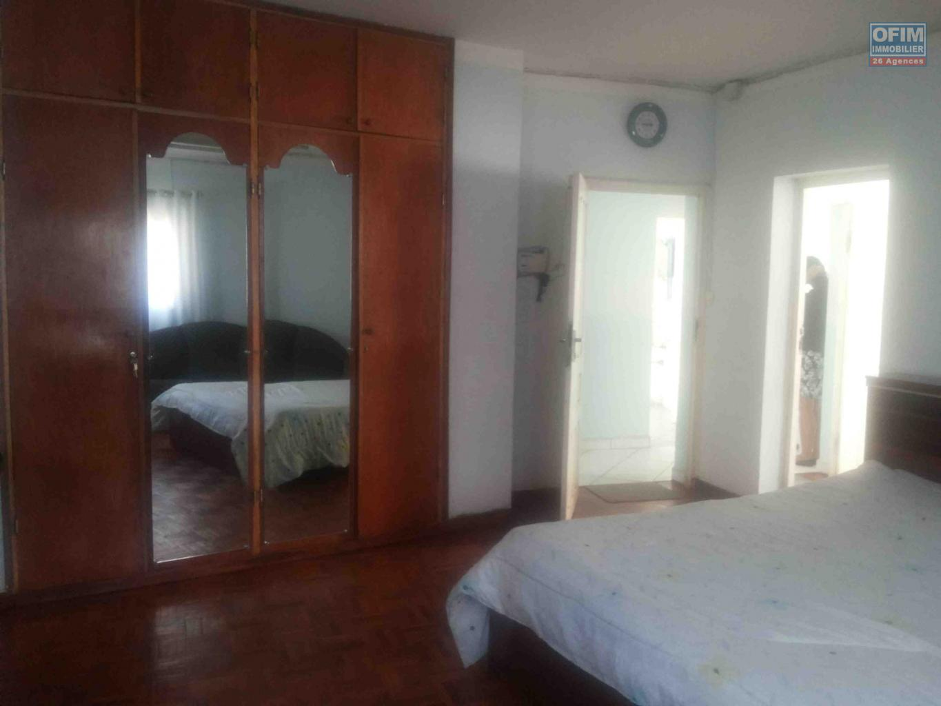 Location appartement antananarivo tananarive a for Louer un appartement meuble