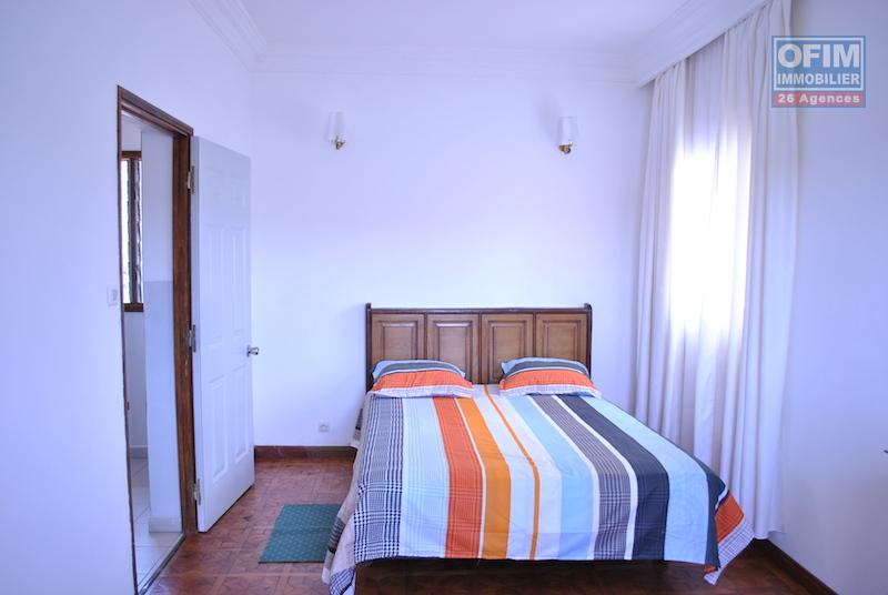 Meubl maison villa antananarivo tananarive a for Location meuble ile de la reunion
