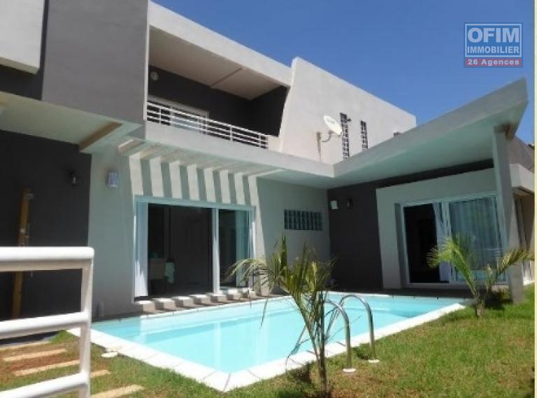 vente maison villa antananarivo tananarive a vendre villa f5 tr s moderne avec piscine