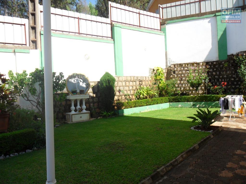 Location maison villa antananarivo tananarive a - Maison a louer avec jardin wasquehal dijon ...