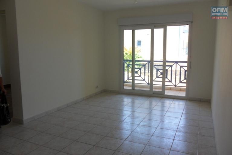 A louer un appartment T2 dans une résidence à15mn du Lycée à Ambatobe Antananarivo