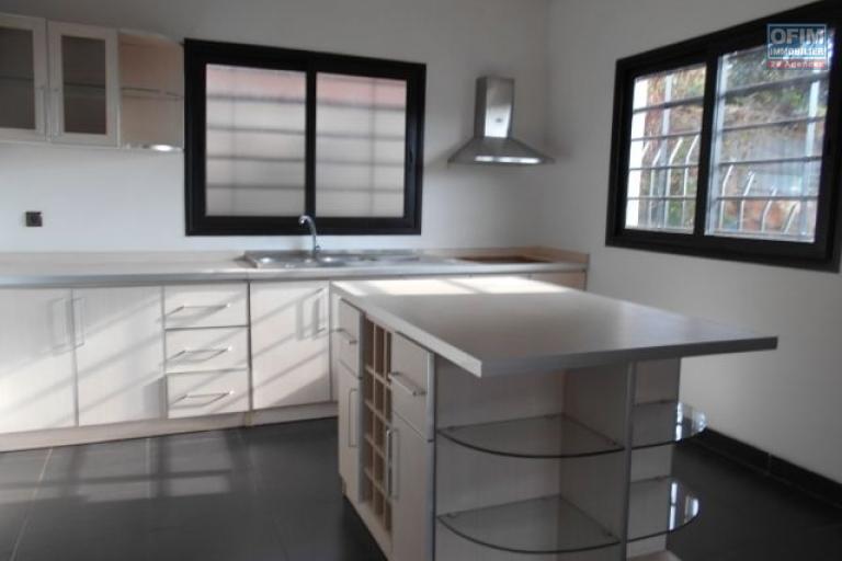 A louer une villa F4 à Betongolo Antananarivo