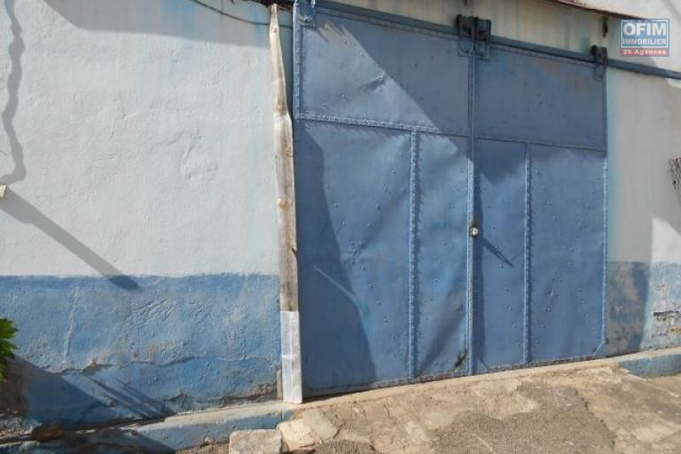 A louer un hangar de 150m2 à Andraharo Antananarivo