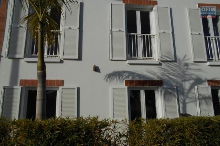 A louier une villa F4 neuve à Tanjombato Antananarivo