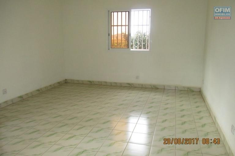 OFIM propose en location un appartement T4 à Ambolokandrina