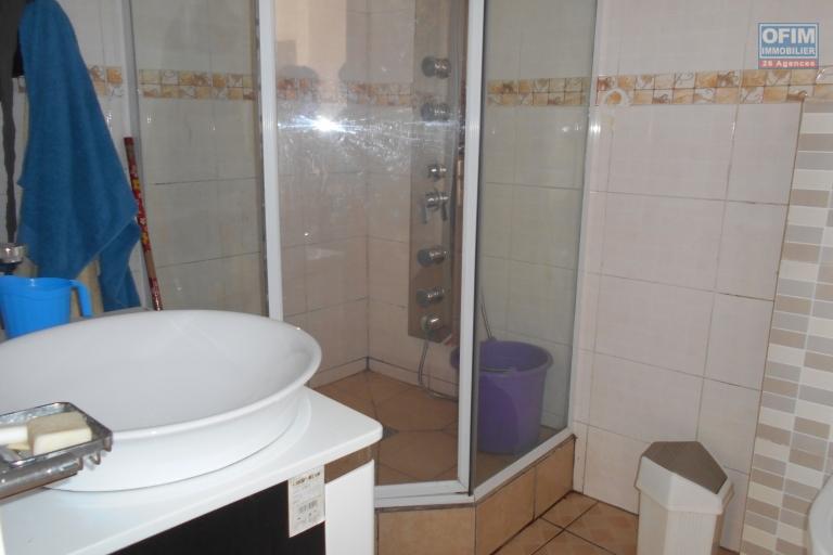 A louer un appartement T4 meublé et équipé à Alarobia Antananarivo