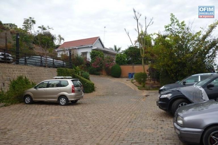 A louer un appartement T3 meublé et équipé à Fort Voyron Antananarivo