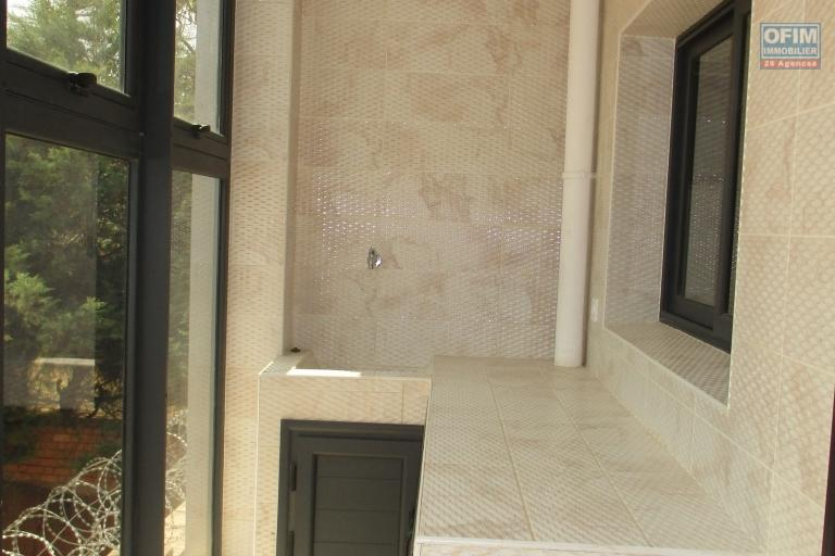 OFIM offre en location 02 appartement T4 de standing sur Ivandry