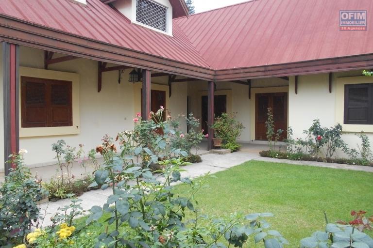 A louer une grande villa F5 à Manakambahiny Antananarivo
