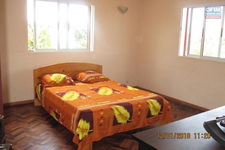 OFIM propose en location une villa F5 semi meublée à Ambohitrarahaba