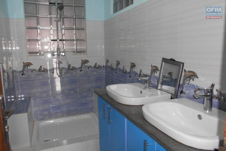 A louer un appartement T5 à Amboditisry Antananarivo