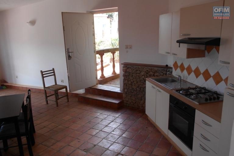 A louer un appartement T2 dans une résidence à Ankatso Antananarivo