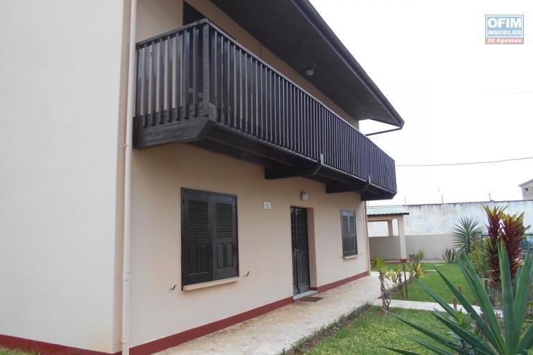 Une villa F4 semi meublée dans une résidence sécurisée à Tanjombato Antananarivo
