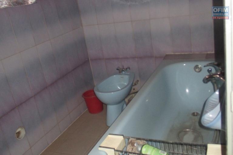 OFIM propose en location une villa F5 semi meublée à Tanjombato