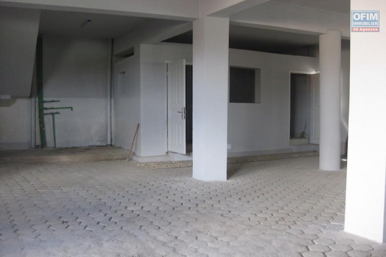 A louer des appartements neufs T3/T2 dans un endroit sécurisé et facile d'accès à Talatamaty