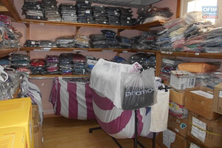 A louer un local commercial d'environ 40m2 à Ampefiloha Antananarivo