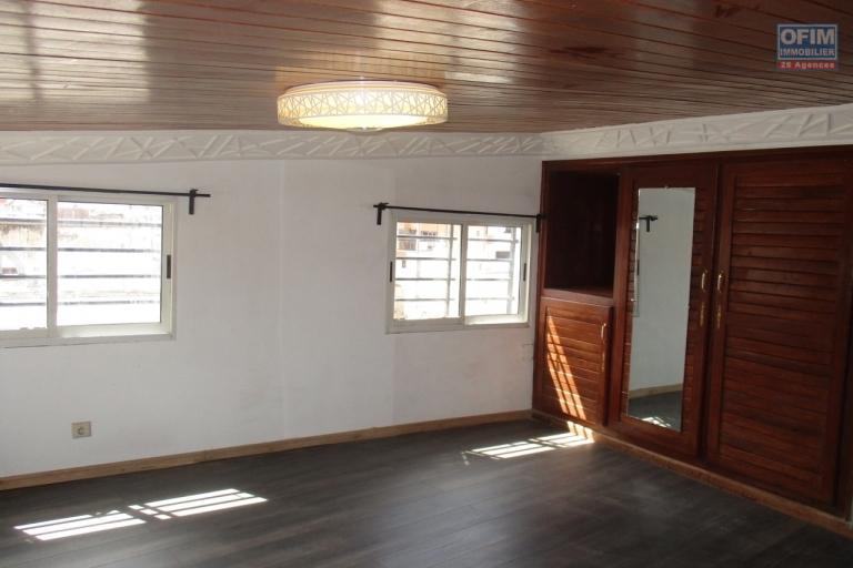 OFIM propose  à la location un appartement T2  à Behoririka