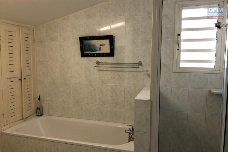 A vendre appartement T2 dans une belle résidence sécurisé  24h / 7 j à Ambatobe