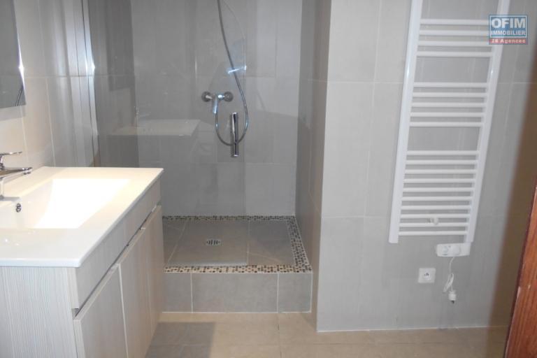 A louer un appartement T2 tout neuf dans un bon quartier à Ivandry Antananarivo