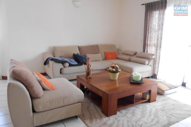 A louer un appartement de type T3 dans un immeuble sécurisé à Ambatobe Antananarivo