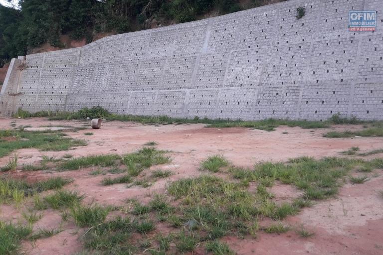 A vendre, un beau terrain plat, prêt à batir de 1280 m2 à Ambohibao Andranoro- Antananarivo