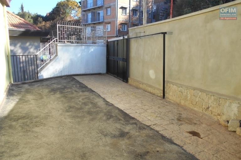 A louer des appartments neufs T3 près de l'école Bird Ambohimiandra Antananarivo
