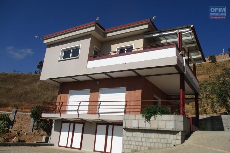 OFIM propose en location une villa F4 neuve à Manazary Ilafy