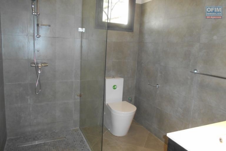 A louer une vila F4 dans une résidence sécurisée à Ambatobe Antananarivo