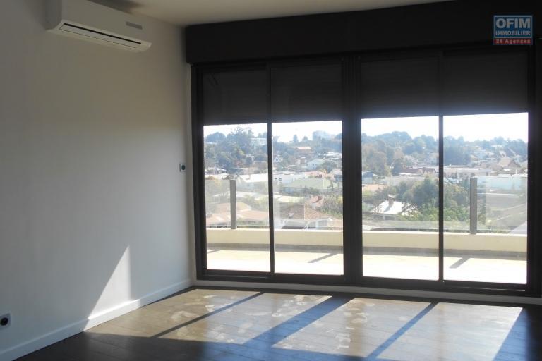 A louer un appartement neuf T3 à Ivandry Antananarivo