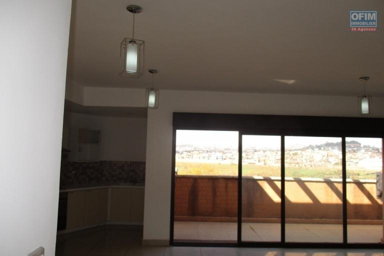 OFIM offre en location un appartement T2 neuf à Ivandry