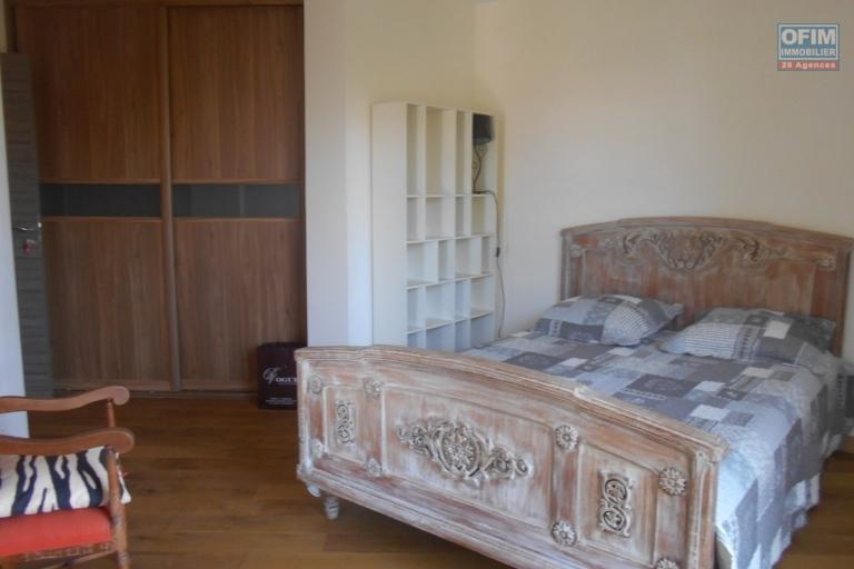 A louer un appartement T4 entièrement meublé et équipé à Ivandry Antananarivo