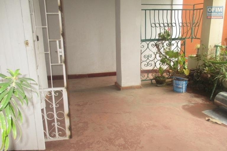 OFIM propose à  la location une maison F4 sur la haute ville
