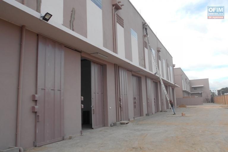 A louer 15 entrepôts de 500m2 à Anosizato Antananarivo