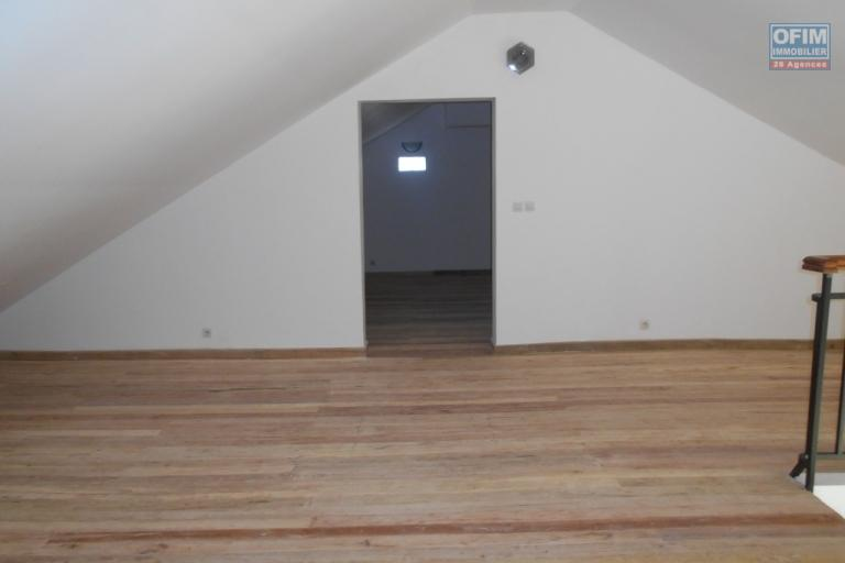Villa F6 à étage à Mahatony