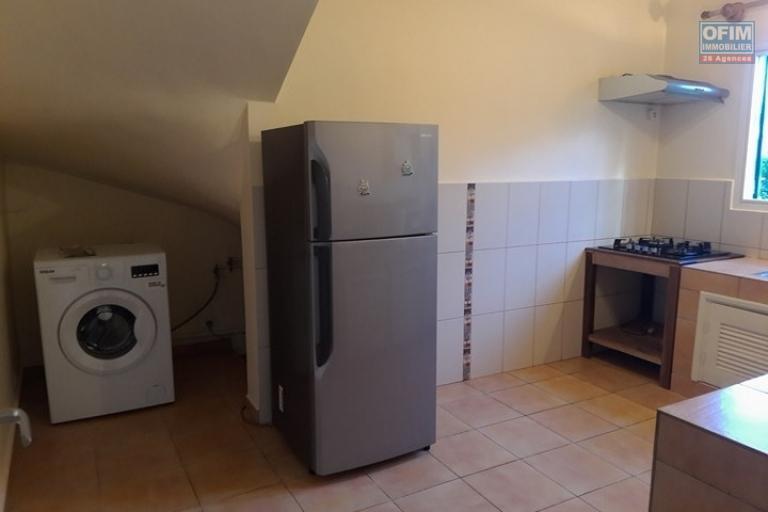 OFIM met en location un appartement T3 meublé dans une résidence sécurisée 24/24 - cuisine équipée