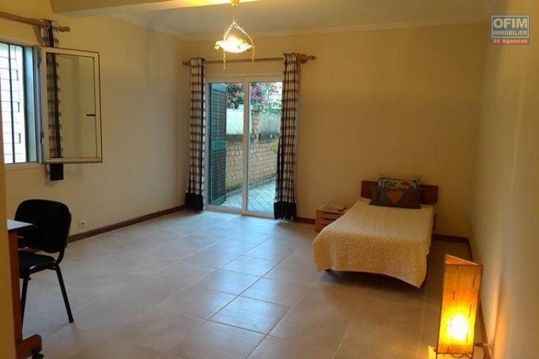 OFIM met en location un appartement T3 meublé dans une résidence sécurisée 24/24 - Chambre 2