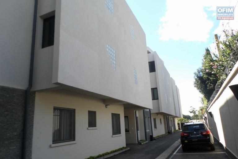 OFIM vous propose un appartement T4 dans une quartier résidentiel Ivandry Ambodivoanjo et sécurisée 24h/24 - Façade