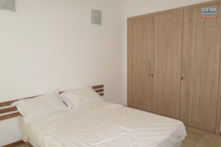 OFIM vous offre un appartement T4 meublé à Ivandry Ambodivoanjo dans une résidence sécurisée et calme - Chambre3