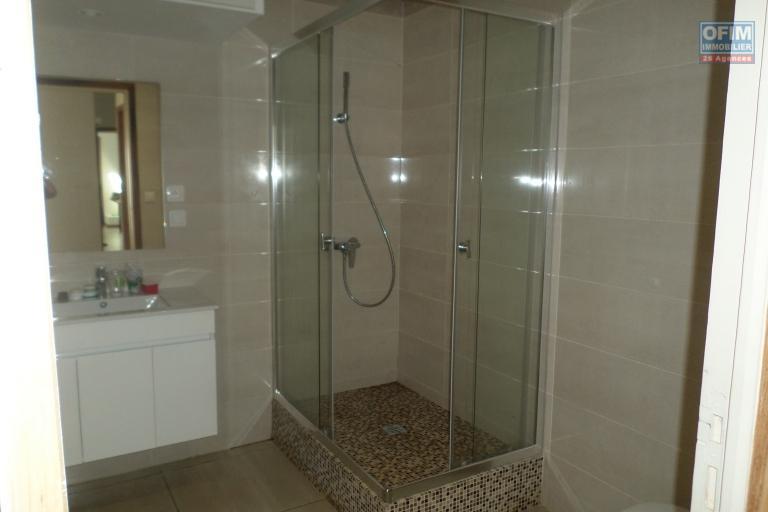 OFIM vous offre un appartement T4 meublé à Ivandry Ambodivoanjo dans une résidence sécurisée et calme - SDE Parentale