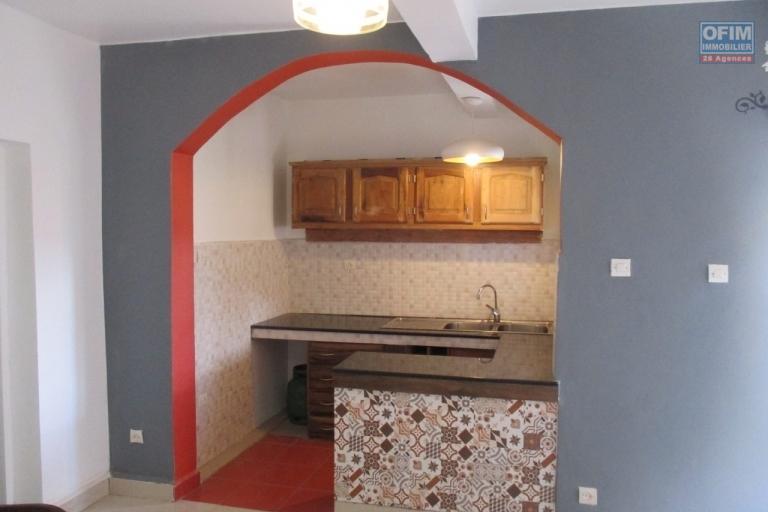 Appartement T3 sur Antaninarenina