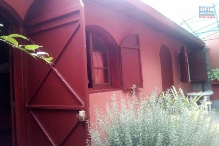 A louer un studio dans un endroit calme et bon voisinage à Talatamaty