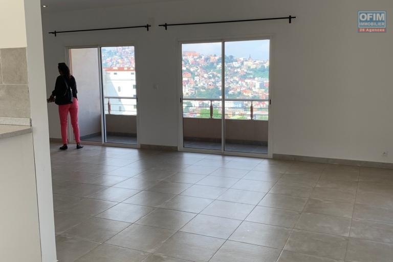OFIM met en location un appartement neuf T4 en duplex pres Mausolée Panorama