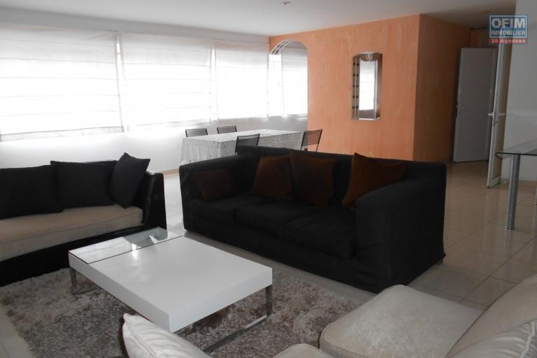 Un appartement T3 de 120m2 meublé et équipé à Isoraka
