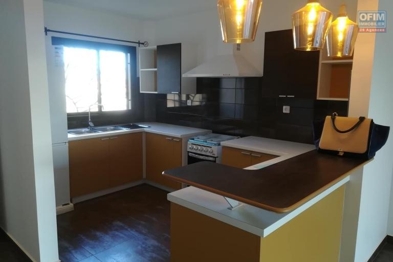 OFIM vous donne une occasion d'avoir deux appartements T4 neufs et moderne au choix dans dans un quartier bien situé, calme et sécurisé d'Ambatobe. - cuisine