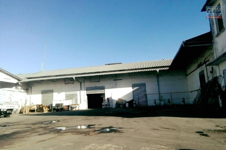 Un local industriel de 2 670m2 à Tanjombato