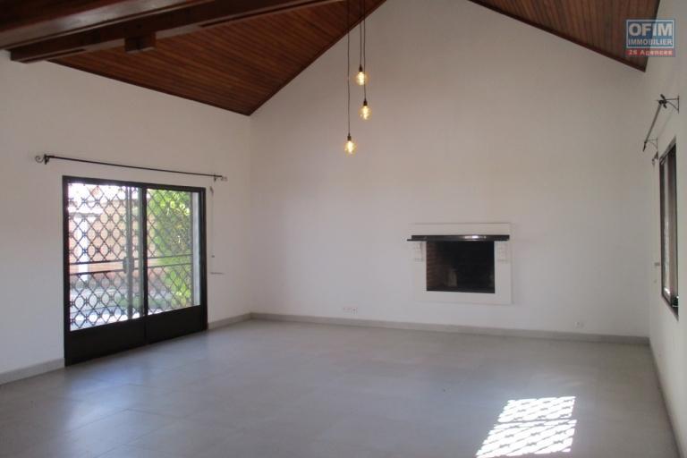 Une villa F5 dans un lotissement sécurisé à Tanjombato