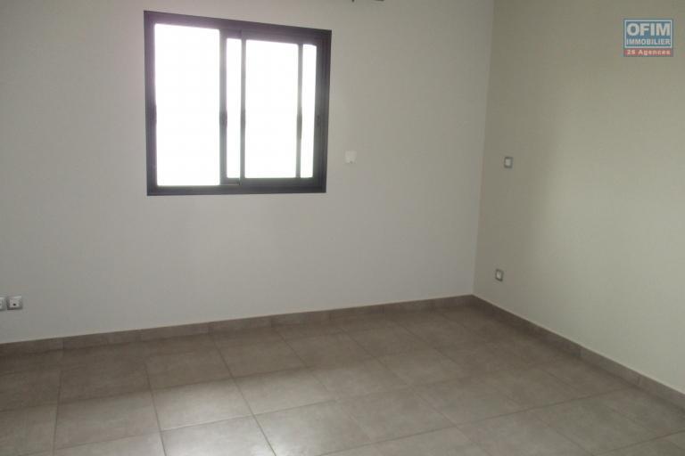 Deux Appartments T3 neuf dans une résidence sécurisée à Analamahitsy